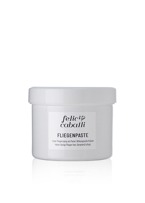 Felici-Caballi-Produktfoto-Fliegenpaste